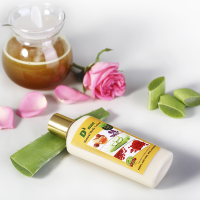 D'nae Natural Body Lotion (195ml) (Honey, Aloe V